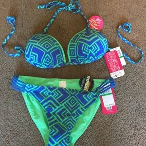 Brand new 2 pcs bathing suit